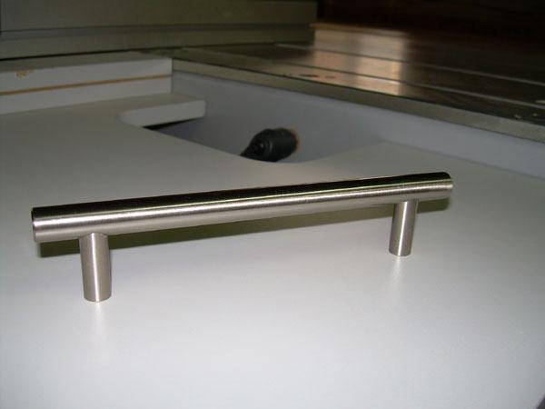 Bútor kiegészítők - aluajtó - kihúzhatórács - fogantyú
